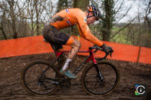 2018-UCI-Cyclo-Cross-World-Championships-Valkenburg-Limburg-day-2-Cat.-Mens-Elite_MG_7019-300x200