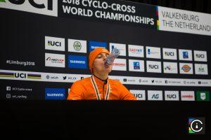 2018-UCI-Cyclo-Cross-World-Championships-Valkenburg-Limburg-day-2-Cat.-Mens-Elite_MG_7218-300x200